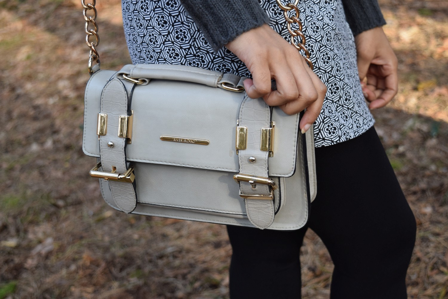 river island shoulder bag, neutral
