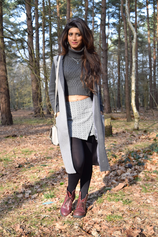 neutrals, layering, cropped jumper styling, skort